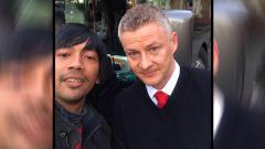 Indosport - Rian D'masiv Saat  bertemu pelatih Manchester United (MU), Ole Gunnar Solskjaer (03/11/19)