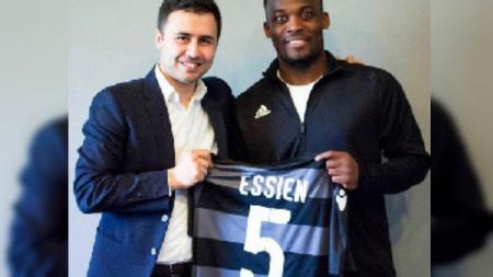 Michael Essien resmi bergabung dengan klub yang berlaga di Azerbaijan Premier League, Sabail FC. - INDOSPORT