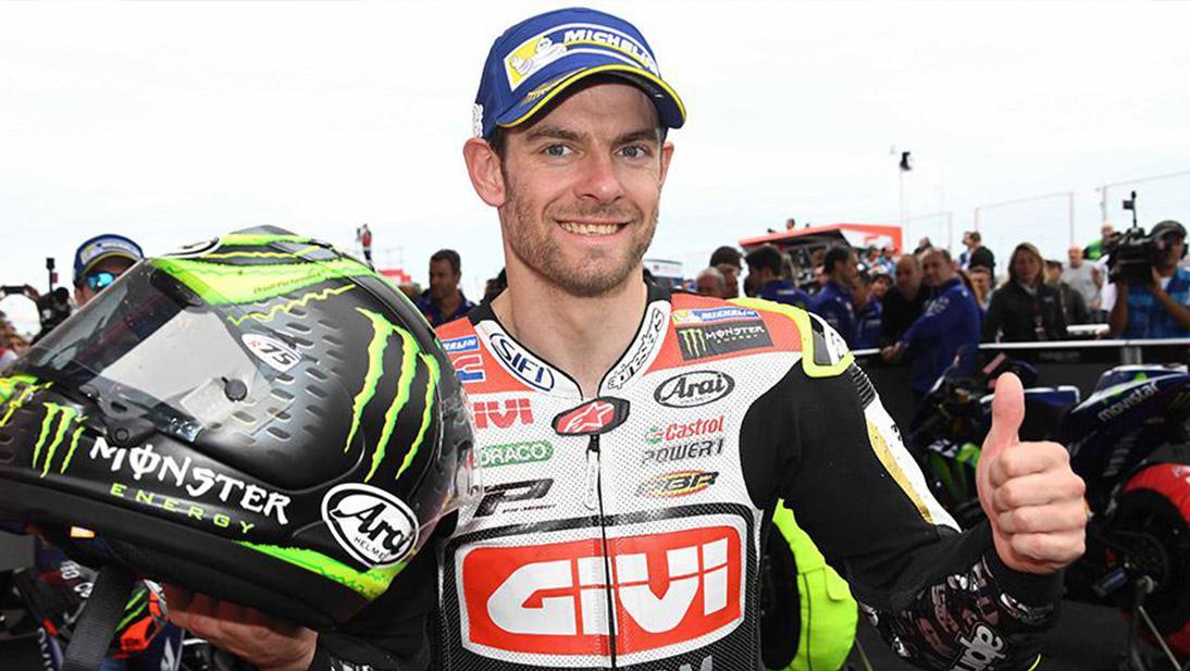 Cal Crutchlow berpose di MotoGP seri Argentina. Copyright: Indosport.com