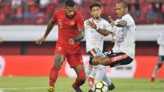 Indosport - Pertandingan Timnas U23 vs Bali United pada Minggu(3/17/2019).