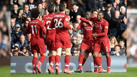 Winger Liverpool, Sadio Mane, dianggap layak memenangkan trofi Ballon d'Or usai penampilannya yang luar biasa. - INDOSPORT