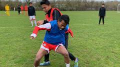 Indosport - Supriadi saat berlatih bersama Garuda Select.