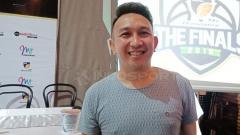 Indosport - Augie Fantinus, aktor sekaligus mantan manajer Timnas Basket Putri Indonesia