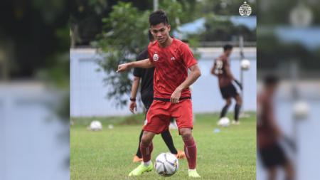 Pemain Persija Jakarta, Yogi Rahadian, gagal memanfaatkan peluang emas ketika menghadapi Tira-Persikabo di Stadion Pakansari, Selasa (16/7/19). - INDOSPORT
