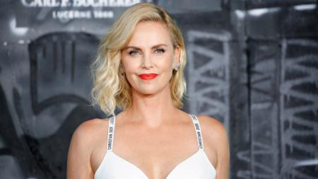Aktris Hollywood, Charlize Theron. - INDOSPORT