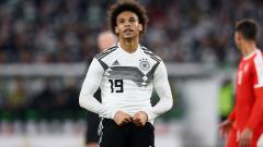 Indosport - Kekecewaan Leroy Sane usai Jerman ditahan imbang