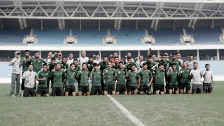 Latihan terakhir timnas Indonesia U-23 jelang laga perdana kualifikasi Piala AFC U-23 2020 di Stadion My Dhin Hanoi Vietnam. - INDOSPORT