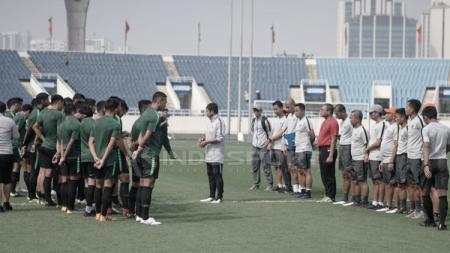 Suasana latihan pemain Timnas Indonesia U-23. - INDOSPORT