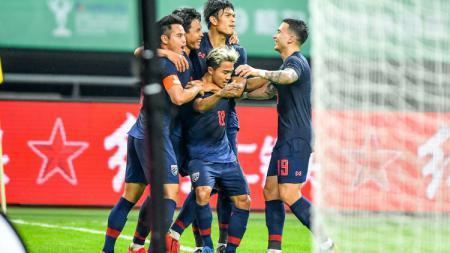 Pemain Thailand lakukan selebrasi usai membobol gawang China - INDOSPORT