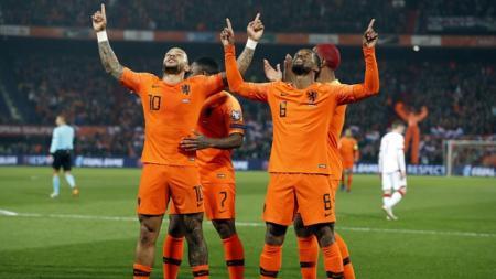 Selebrasi pemain Belanda usai cetak gol - INDOSPORT