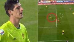 Indosport - Blunder Thibaut Courtois saat membela Belgia melawan Rusia.