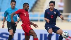 Indosport - Marinus Wanewar pada laga Kualifikasi Piala AFC U-23 2020: Indonesia vs Thailand.