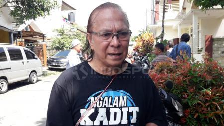 Salah satu pendiri Arema, Ovan Tobing menceritakan awal mula logo yang diciptakan Almarhum Rudi Satrio Lelono dengan filosofinya. - INDOSPORT