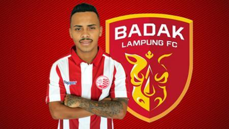 Fernando Jose Gomes Junior dan logo Badak Lampung FC. - INDOSPORT