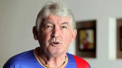 Indosport - Steve Darby, pengamat sepak bola ASEAN asal Inggris.