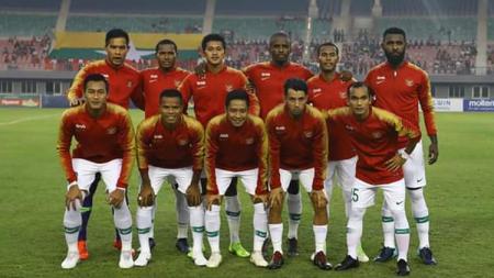 Skuat Timnas Indonesia saat melawan Timnas Myanmar dalam laga uji coba internasional FIFA, Senin (25/3/19). - INDOSPORT