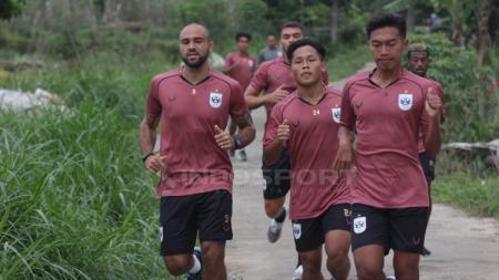 M Ryan Ardiansyah (kanan) pemain seleksi PSIS Semarang. Eks kapten Timnas PPLM - INDOSPORT
