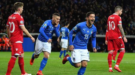 Stefano Sensi selebrasi pasca cetak gol untuk Timnas Italia - INDOSPORT