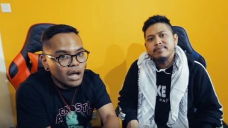 Komika Coki Pardede dan Tretan Muslim - INDOSPORT