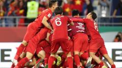 Indosport - Timnas Vietnam sedang dalam semangat yang tinggi menjelang pertandingan melawan Timnas Indonesia dalam lanjutan Kualifikasi Piala Dunia 2022, Selasa (15/10/19).