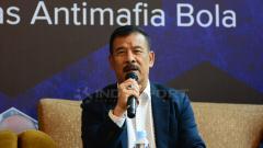 Indosport - Manajer Persib Bandung, Umuh Muchtar sempat menyebut nama Imam Nahrawi terkait proses naturalisasi Fabiano Beltrame.