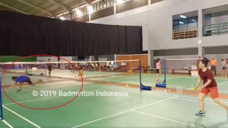 Aksi legenda bulutangkis Indonesia, Susi Susanti - INDOSPORT