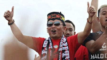 CEO Kalteng Putra, Agustiar Sabran, mendedikasikan kemenangan timnya atas Barito Putera untuk Hari Ulang Tahun Kalimantan Tengah yang ke-62. - INDOSPORT