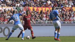 Indosport - Pertandingan Napoli vs AS Roma dalam pentas Liga Italia 2019-20 dapat disaksikan melalui link live streaming di bawah ini, Senin (06/07/20).