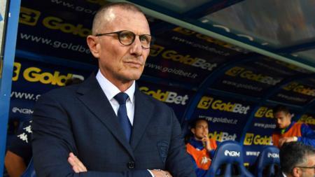 Pelatih Genoa, Aurelio Andreazzoli, menguak biang kerok kekalahan 1-2 dari AC Milan di Luigi Ferraris dalam pekan ketujuh Serie A Italia, Minggu (6/10/19). - INDOSPORT