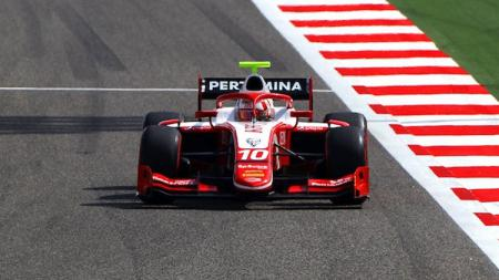Pembalap asal Indonesia Sean Gelael di turnamen Formula 2 2019. - INDOSPORT