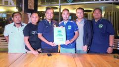 Indosport - Shohei Matsunaga saat resmi diperkenalkan PSIS Semarang kepada awak media