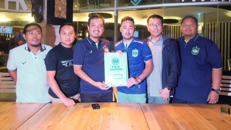 Shohei Matsunaga saat resmi diperkenalkan PSIS Semarang kepada awak media - INDOSPORT
