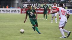Indosport - Pertandingan Persebaya Surabaya vs Madura United di Stadion Gelora Bung Tomo, pada 3 April 2019 lalu.