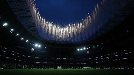 Megahnya stadion baru Tottenham Hotspur selama Upacara Pembukaan Stadion Tottenham Hotspur pada Kamis 03/04/19) sebelum pertandingan Liga Premier Inggris antara Tottenham Hotspur dan Crystal Palace.