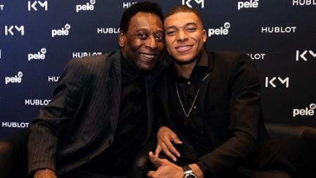 Pele dan Kylian Mbappe bertemu di Paris, Prancis - INDOSPORT