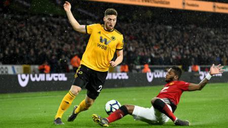 Makin merapatnya Matt Doherty ke kubu Tottenham Hotspur diprediksi akan memperlebar peluang AC Milan untuk memboyong Serge Aurier di bursa transfer ini. - INDOSPORT