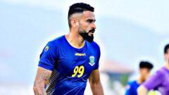 Indosport - Striker Borneo FC, Francisco Torres berlatih keras jelang lanjutan Liga 1 2020 pada Oktober nanti.