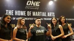 Indosport - Petarung Indonesia Eko Roni Saputra akan emlkoni debutnya di ajang One Championship. Zainal Hasan/Indosport.com.