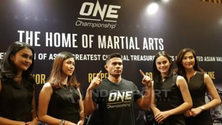 Petarung Indonesia Eko Roni Saputra akan emlkoni debutnya di ajang One Championship. Zainal Hasan/Indosport.com. - INDOSPORT
