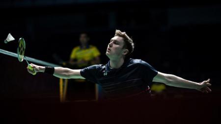 Viktor Axelsen dalam pertandingan melawan Jonatan Christie di Malaysia Open 2019 - INDOSPORT