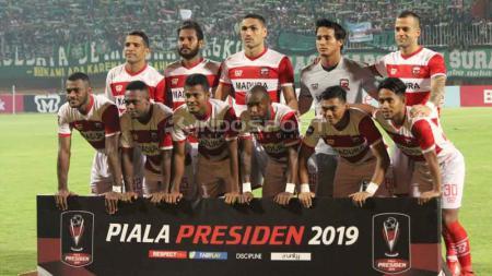 Skuat Tim Madura United. Foto: Fitra Herdian/Indosport.com - INDOSPORT
