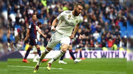 Karim Benzema (Real Madrid) menjadi salah satu top skor sementara LaLiga Spanyol 2019/20 dengan torehan satu gol. - INDOSPORT