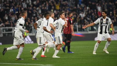Paulo Dybala selebrasi saat pertandingan Juventus vs Milan, Sabtu (06/04/19) malam WIB. Tullio M. Puglia/Getty Images - INDOSPORT