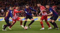 Indosport - Bintang Atletico Madrid, Angel Correa, (dua dari kiri) kabarnya semakin dekat ke AC Milan. Alex Caparros/Getty Images.