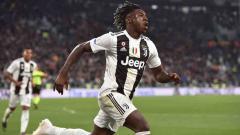 Indosport - Moise Kean melakukan selebrasi usai cetak gol ke gawang AC Milan pada menit ke-84 pada laga Serie A Italia melawan AC Milan pada Minggu (06/05/19) dini hari. Tullio M. Puglia / Getty Images
