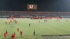 Indosport - Madura United jelang pertandingan di Stadion Gelora Madura.  Ian Setiawan/INDOSPORT
