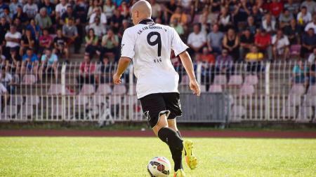 Milo Micunovic, striker Serbia yang Diincar Bhayangkara FC dan Arema FC. - INDOSPORT