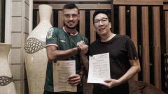Indosport - Yevhen Bokhashvili diresmikan sebagai pemain baru PSS Sleman.