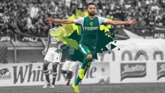 Indosport - Manuchekhr Dzhalilov melakukan selebrasi saat melawan Persib Bandung di Piala Presiden 2019.