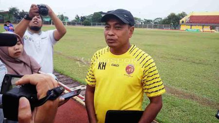 Pelatih Kepala SFC Kas Hartadi mewaspadai potensi kejut Persibat Batang di bawah pelatih baru. Foto: Muhammad Effendi/INDOSPORT - INDOSPORT